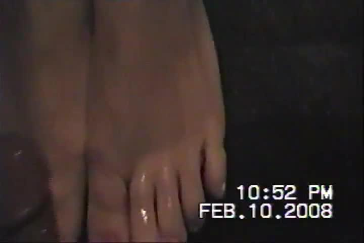 My girlfriends sexy feet
