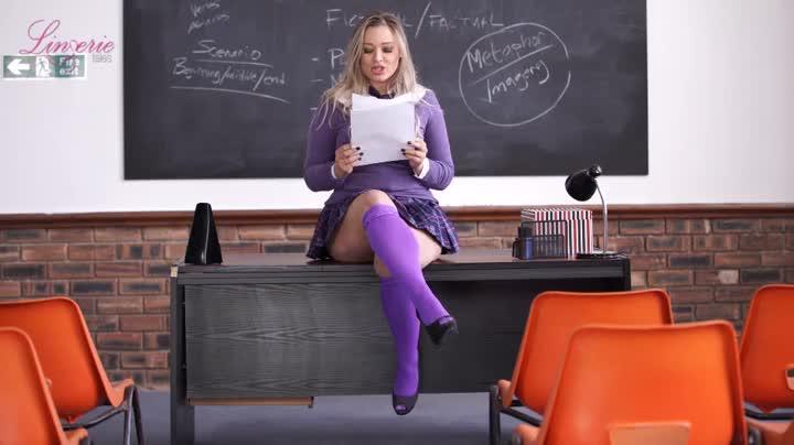 Curvy British Schoolgirl Reads A Dirty Story