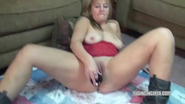 Czech milf dildo and masturbation