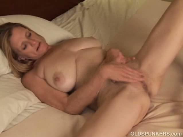 Tumblr milf rubbing pussy 9
