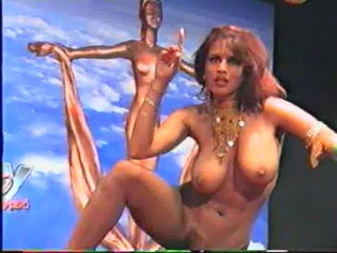 topless arab dance