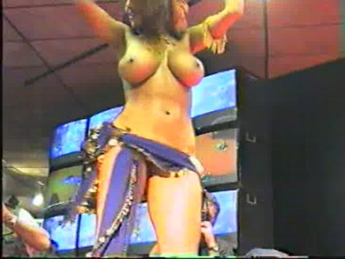 arab naked belly dance