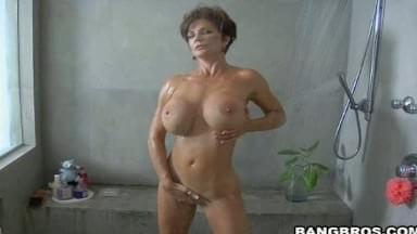 Deauxma shower