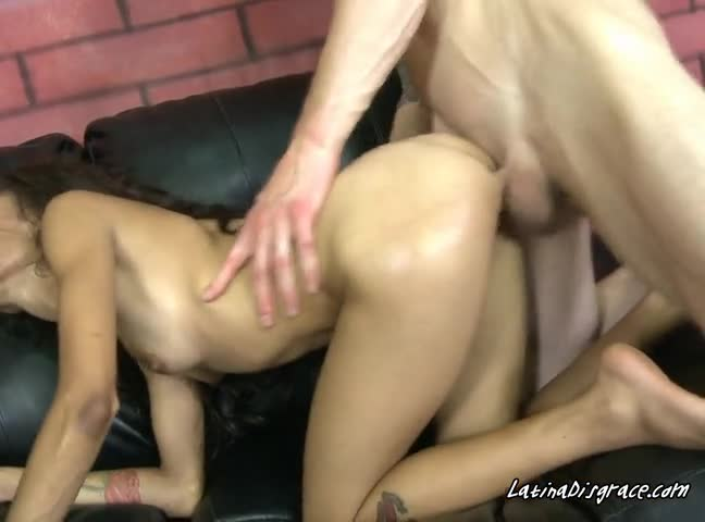 Deep Beating For The Horny Pussy5wm