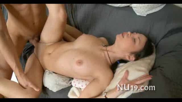 Fuck Deep on bed penetration