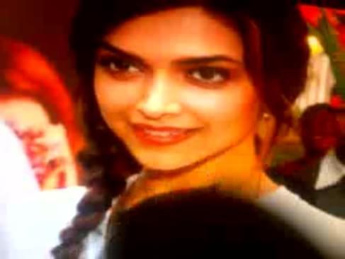 Naked Hema Malini Cleavage Deepika Padukone Aishwarya Rai