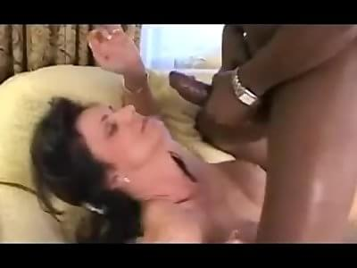 Deauxma Squirt Anal