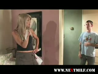 desperate wife seduces teen boy - thumbnail number 2: xxxbunker.com/desperate_wife_seduces_teen_boy