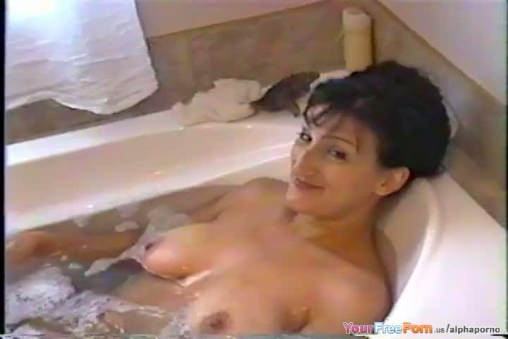 Cerina vincent nude cabin fever clip