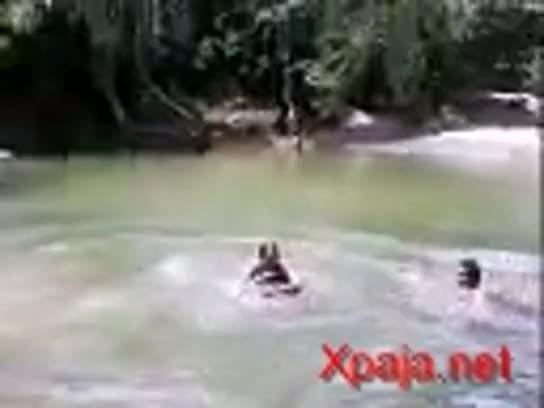 Dominicana Singando En Rio Casero Free Videos -