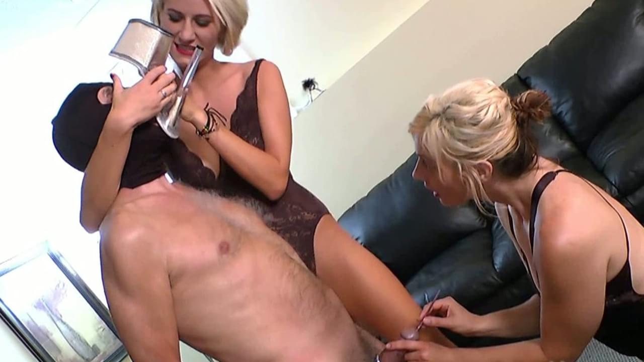 Amature milf handjob