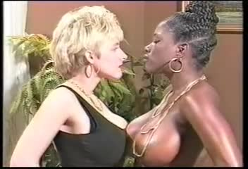 Ebony Ayes And Danni Ashe Wrestling Bunker Porn Tube