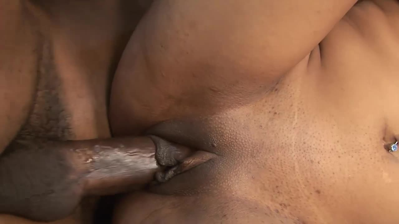 Weiß pulsing cock in mouth she's