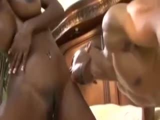 Ebony milfs coming hard