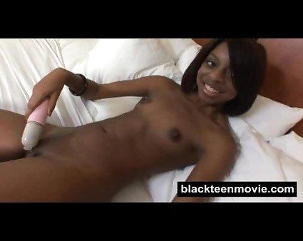Ebony teen amateur fucking. Ebony teen first timer makes porn