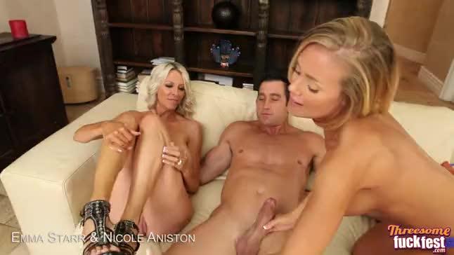Emma Starr Nicole Aniston In Threesome