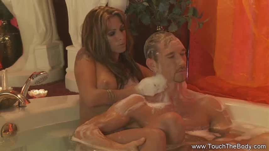 eldre kvinner yngre menn anal massage