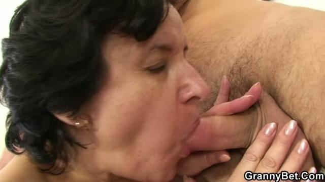 Tiny slut mature fucks