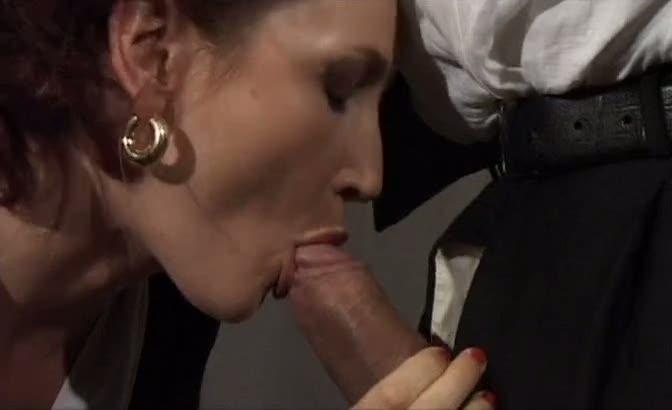 euro porn maid loves anal!