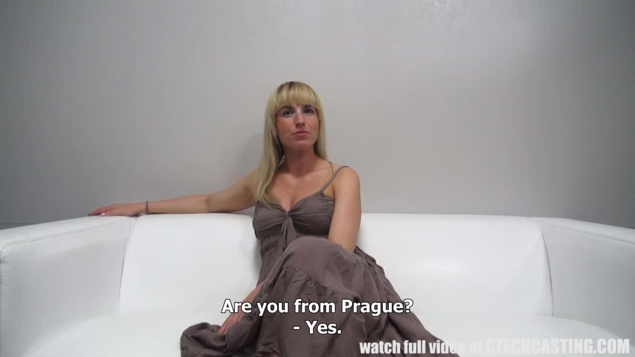 Смотреть чешская девушка дала за деньги в машине фото 405-20