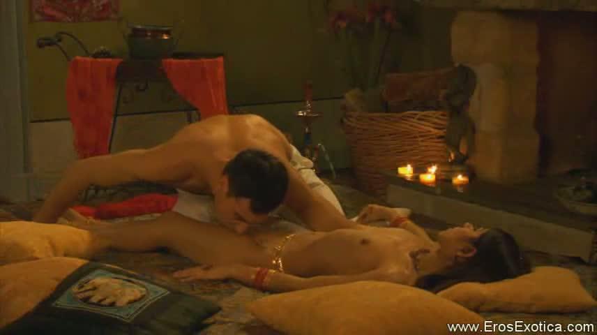 eroticheskie-filmi-s-yaponkami-seychas