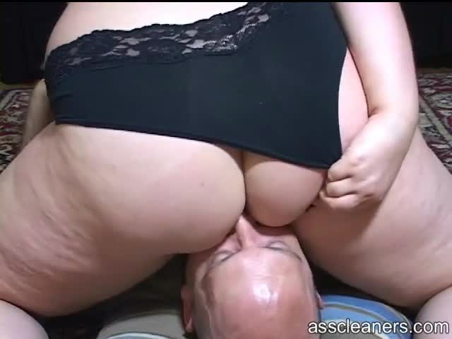 Daughter sits on dads face ass licked