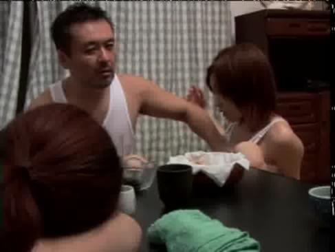Father in law seduces daughter