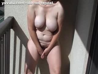 standing up masturbation