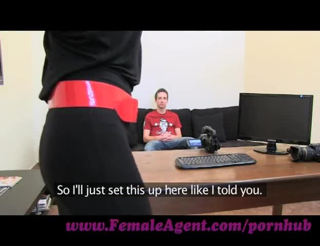 female agent anaconda cock