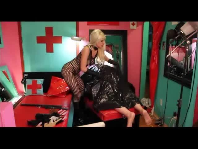 Femdom starlas human garbage submissive - 1 part 6
