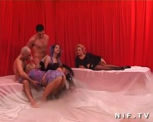 French Swingers In A Group Sex Party / 0