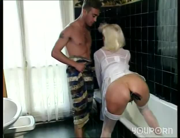 Fisted and anal milf in stockings fucked