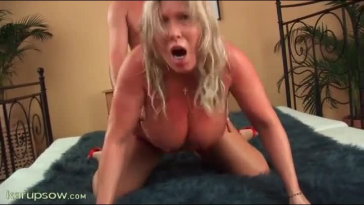 fucking chubby mom doggystyle and groping her : xxxbunker.com porn ...