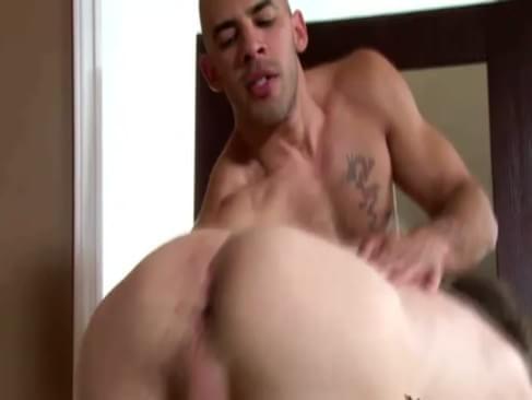 Hot Hunky Gay Lovers Enjoy Creamy Explosion