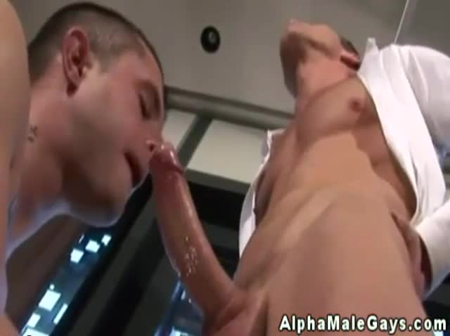 Gay muscle hunk serves twink for main course