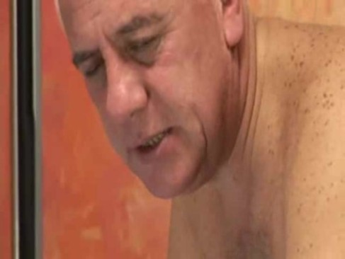 gay older men sex. velhos latinos numa rica transa