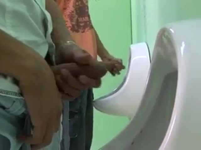 Gay Sex Toilet Video