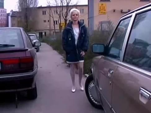 porn german car pissing