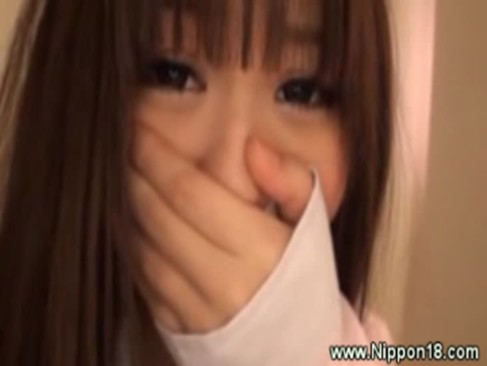 Getting a asian teens pussy wet by fingering as she tries not to scream