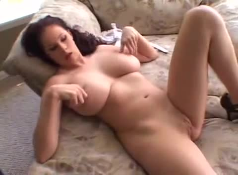 Gianna Michaels Huge Cock