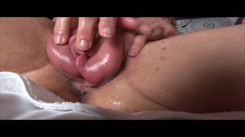 Midget fucked in the ass