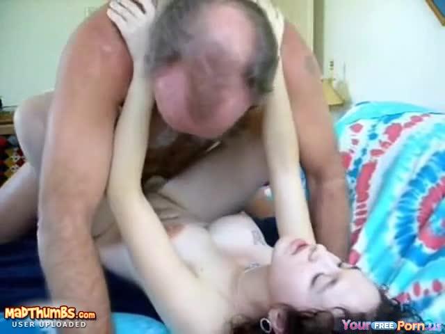 pussy cat nude