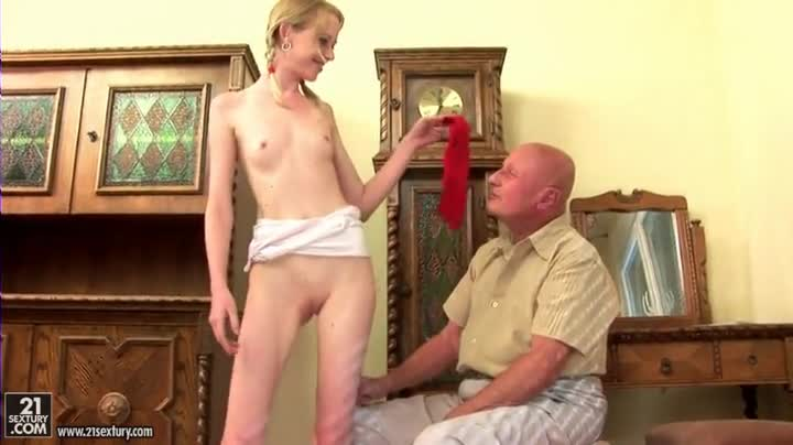 Teen Flashes Pussy Uncle
