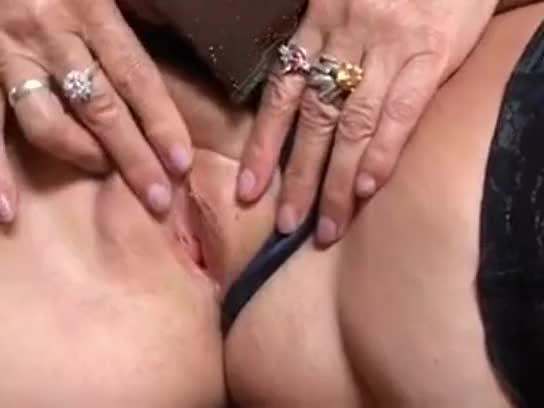 dominant escort indisk