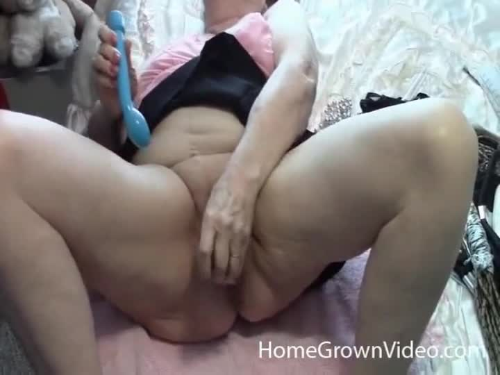 400lb man fucks brazilian milf