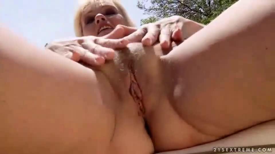 Com www granny sex Deutsch
