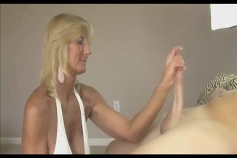 Mama mature licks