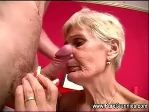 Granny without teeth sucks and fucks a dutch man just scary