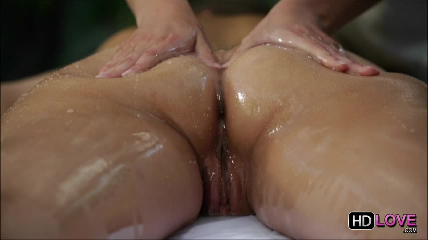 How a girl can masturbate