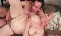 Hairy old mature granny porn